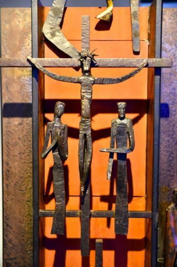 Détail de la sculpture-2