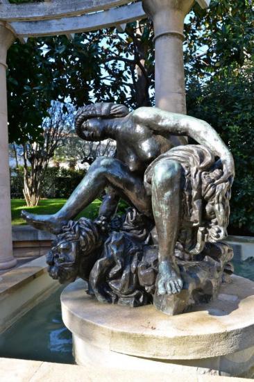 Grande baigneuse accroupie Antoine Bourdelle