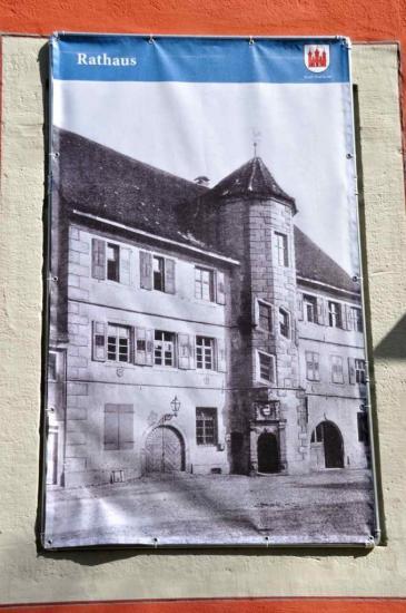 Le château bâti en 1604...