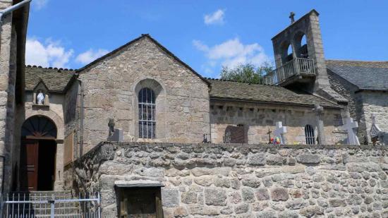 Les Estrets Eglise Saint Jean Baptiste de Fontans...