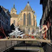 Rue de l'église, la collégiale Saint Martin