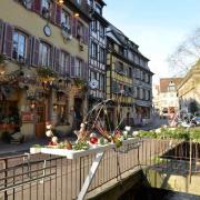 Rue de Tanneurs, au fond l'Ancienne Douane